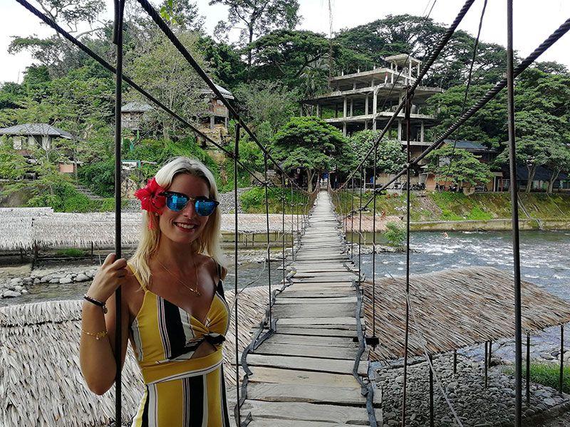 bukit lawang puente colgante