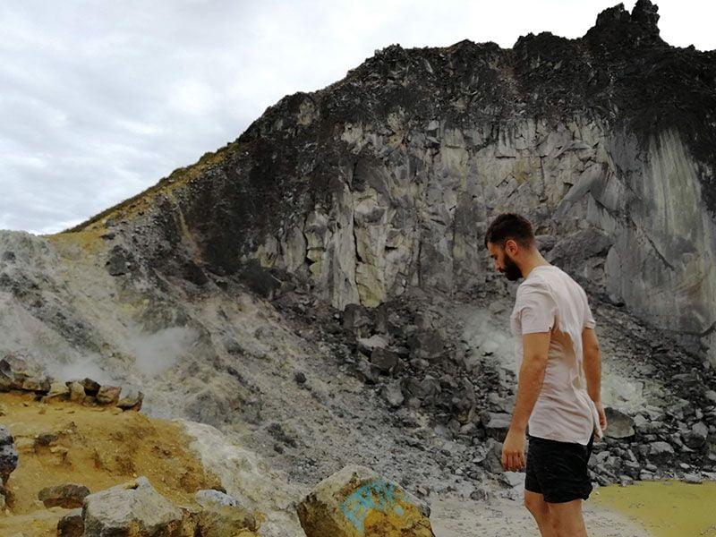 volcanes activos isla sumatra