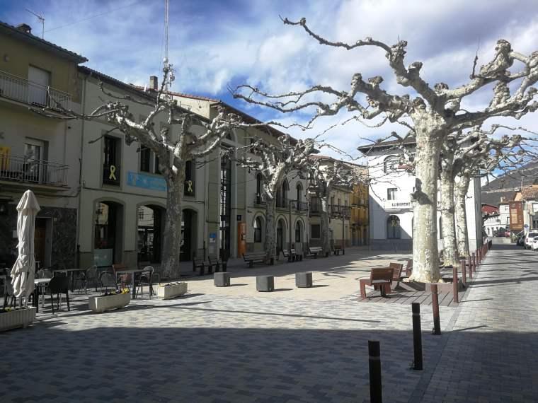 campdevànol plaza del ayuntamiento
