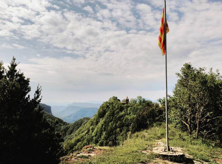 bandera catalana 1308 metros santuaria cabrera