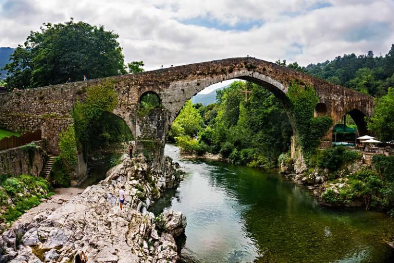 Pueblo con encanto asturias Cangas de onis