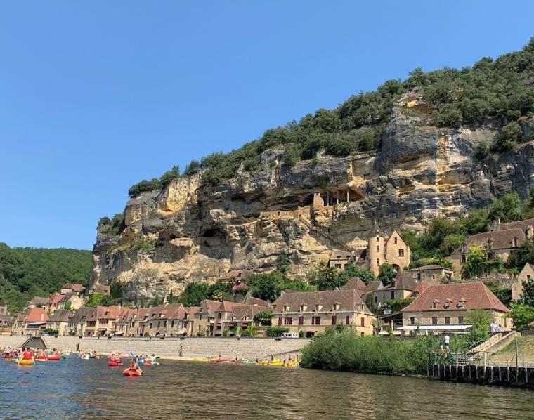 la roque gageac pueblo sur francia