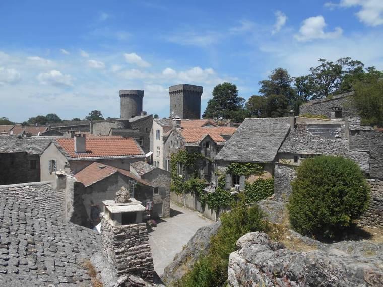 couvertoirade pueblo bonito francia