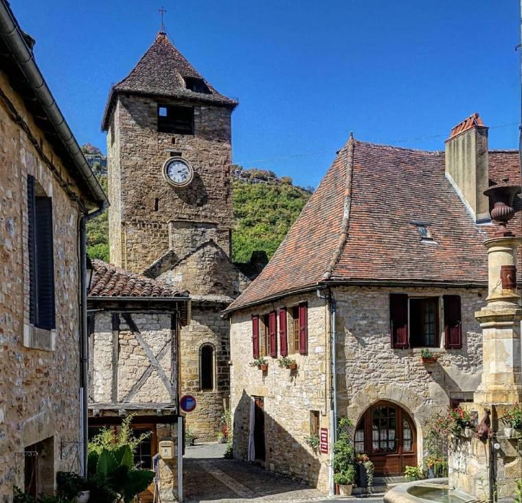 autoire pueblo sur de francia