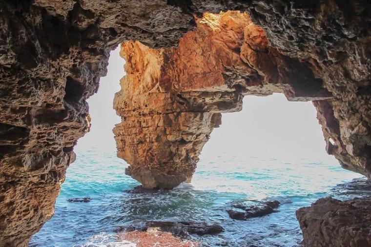 cuevas moraig alicante