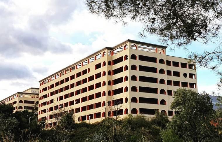 hospital abandonado barcelona