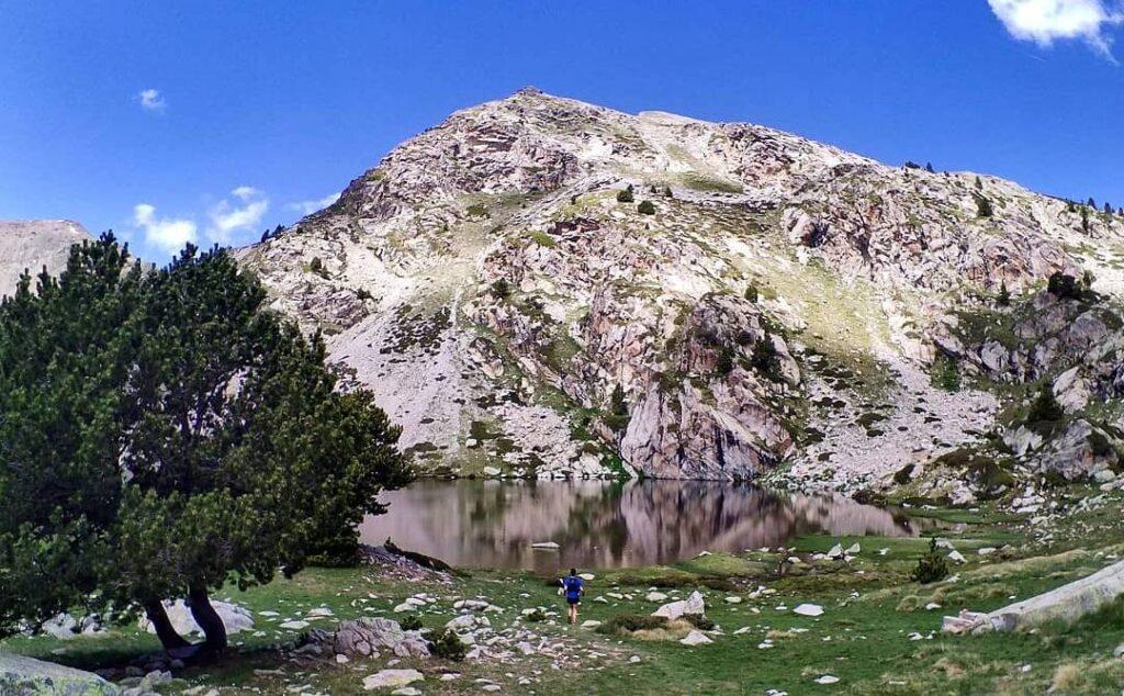lago de la pera en cataluña