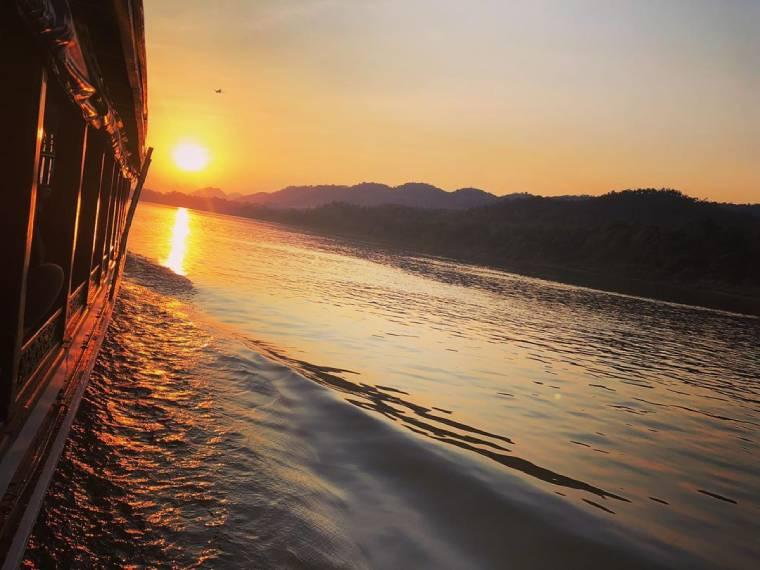 barco mekong luang prabang