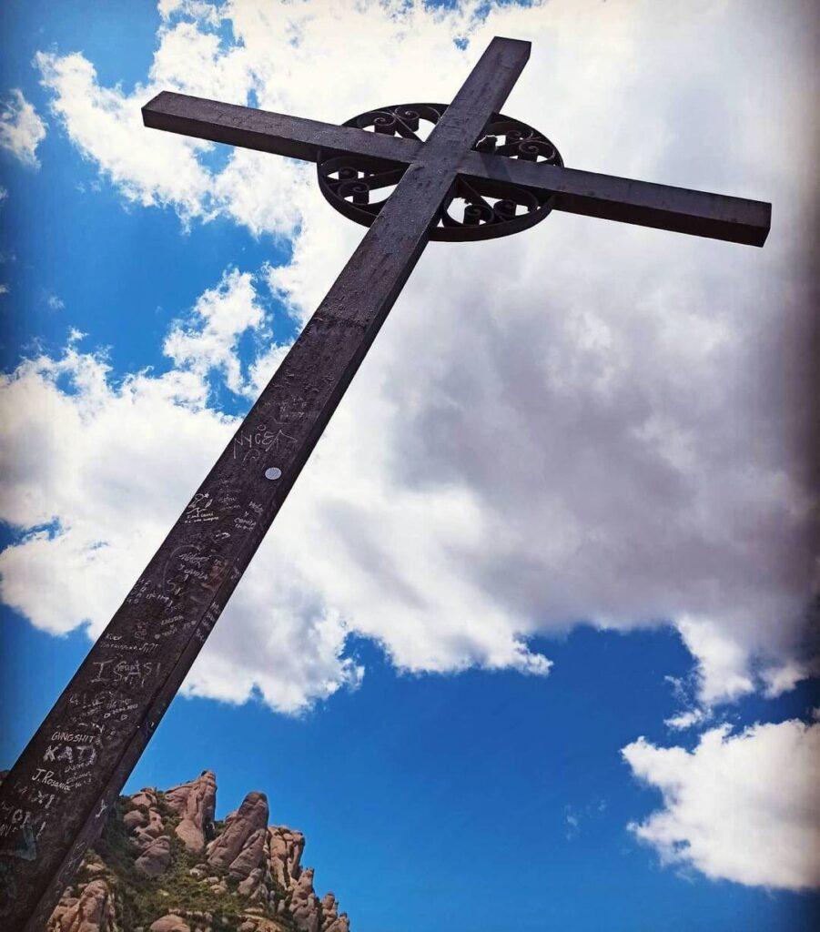 creu de montserrat