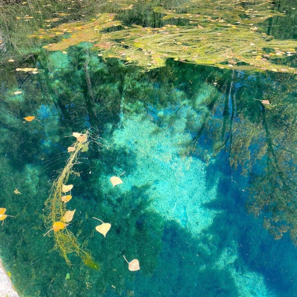 lago de río mundo