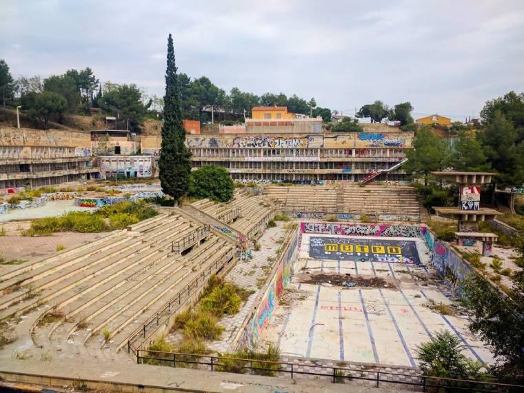 sitios abandonados barcelona piscinas