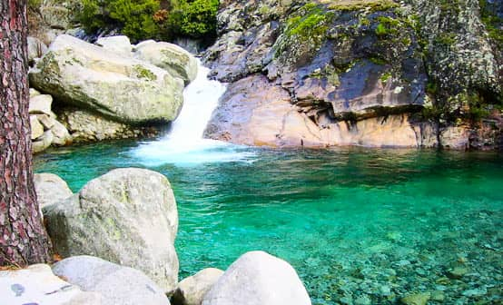 piscina natural guisando