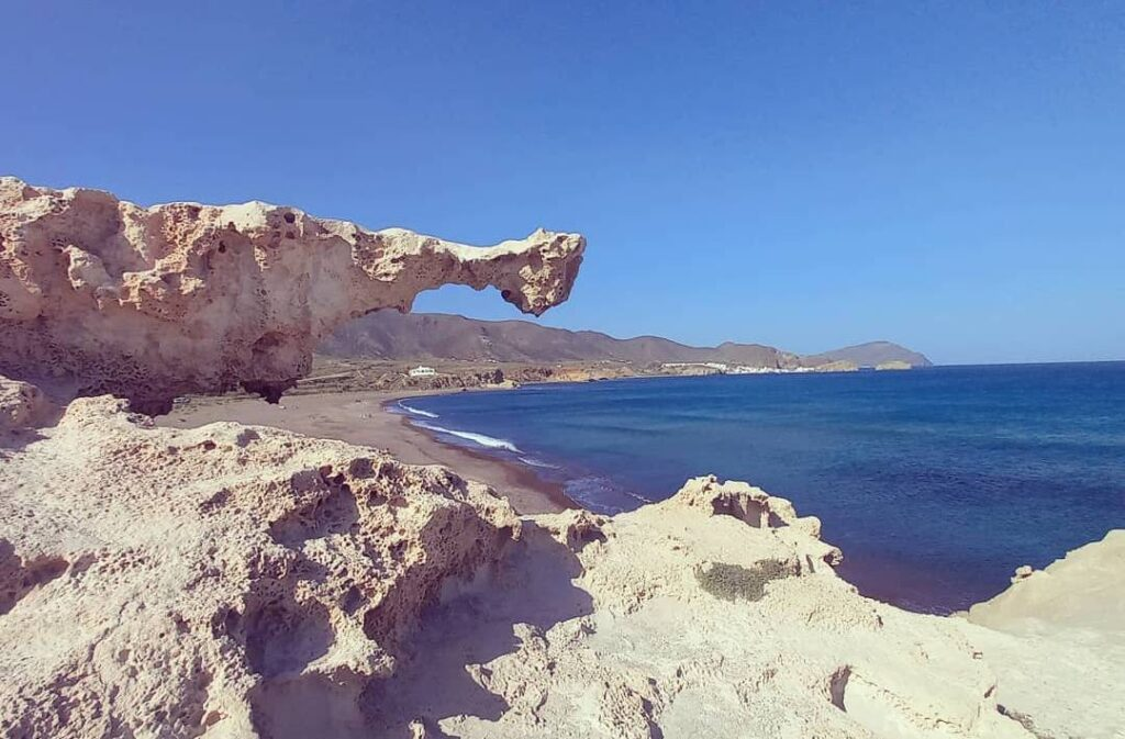 playas de almeria los escullos