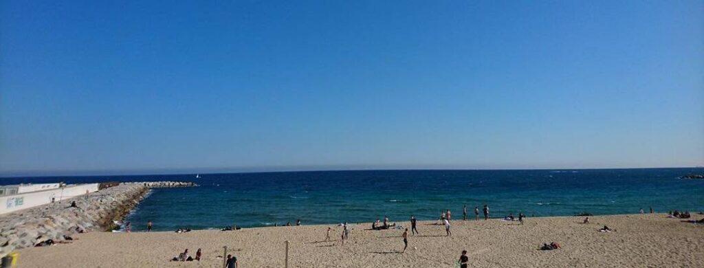 playa nudista mar bella