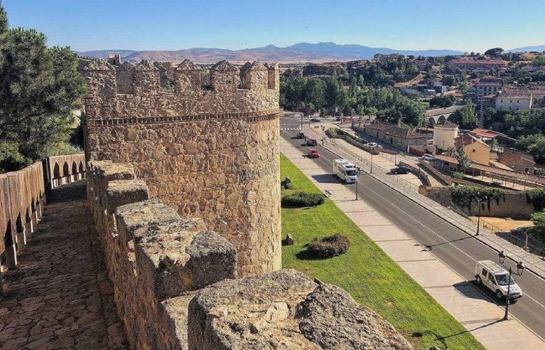 paseo muralla avila